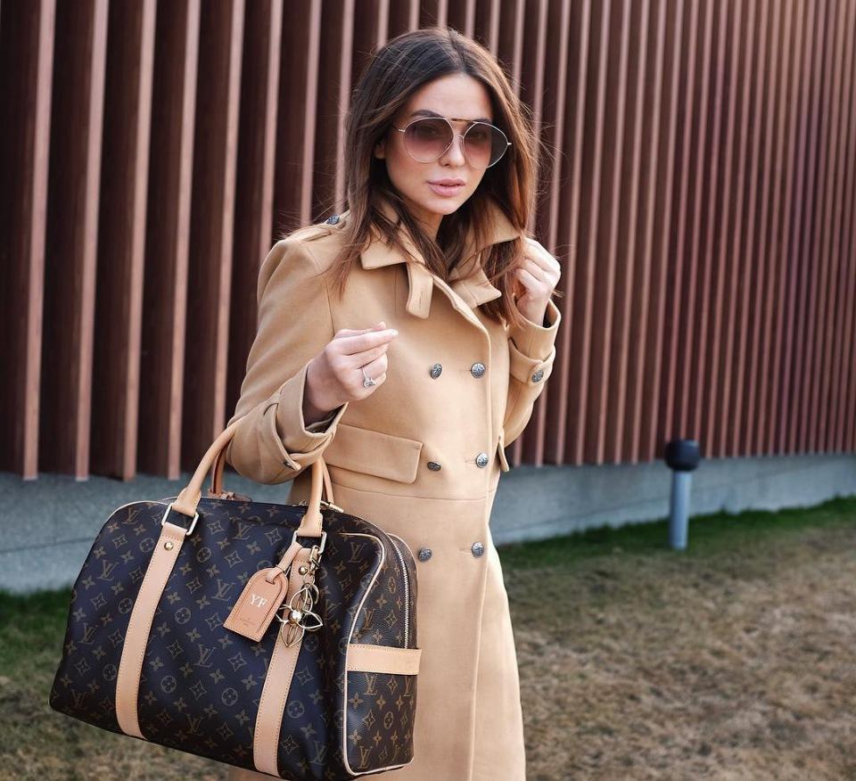Модное осеннее пальто 2021 бежевое пальто
