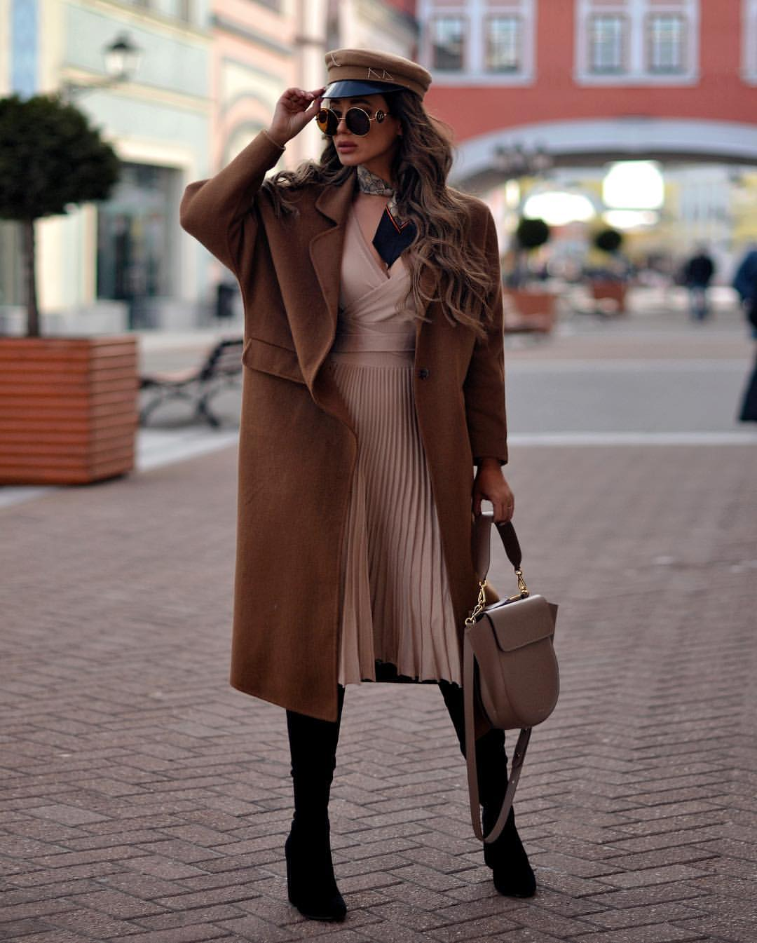 Цвет мокко в одежде: как и с чем носить наряды кофейных оттенков этой осенью фото 7